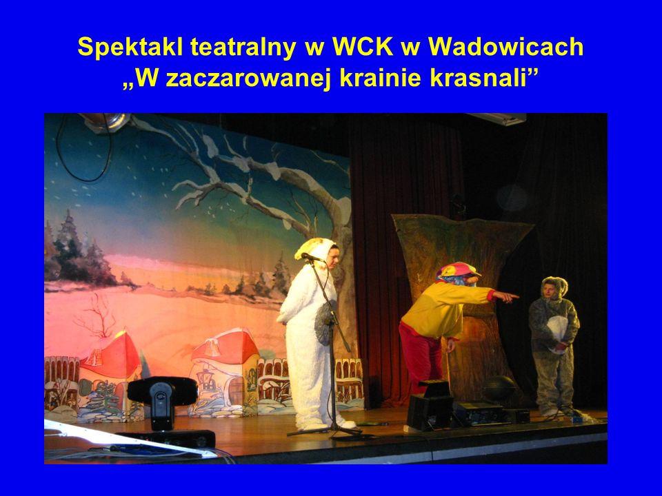 """Spektakl teatralny w WCK w Wadowicach """"W zaczarowanej krainie krasnali"""