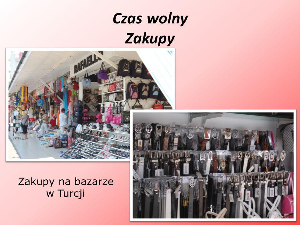 Zakupy na bazarze w Turcji
