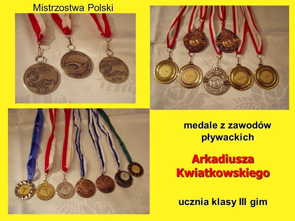 medale z zawodów pływackich Arkadiusza Kwiatkowskiego