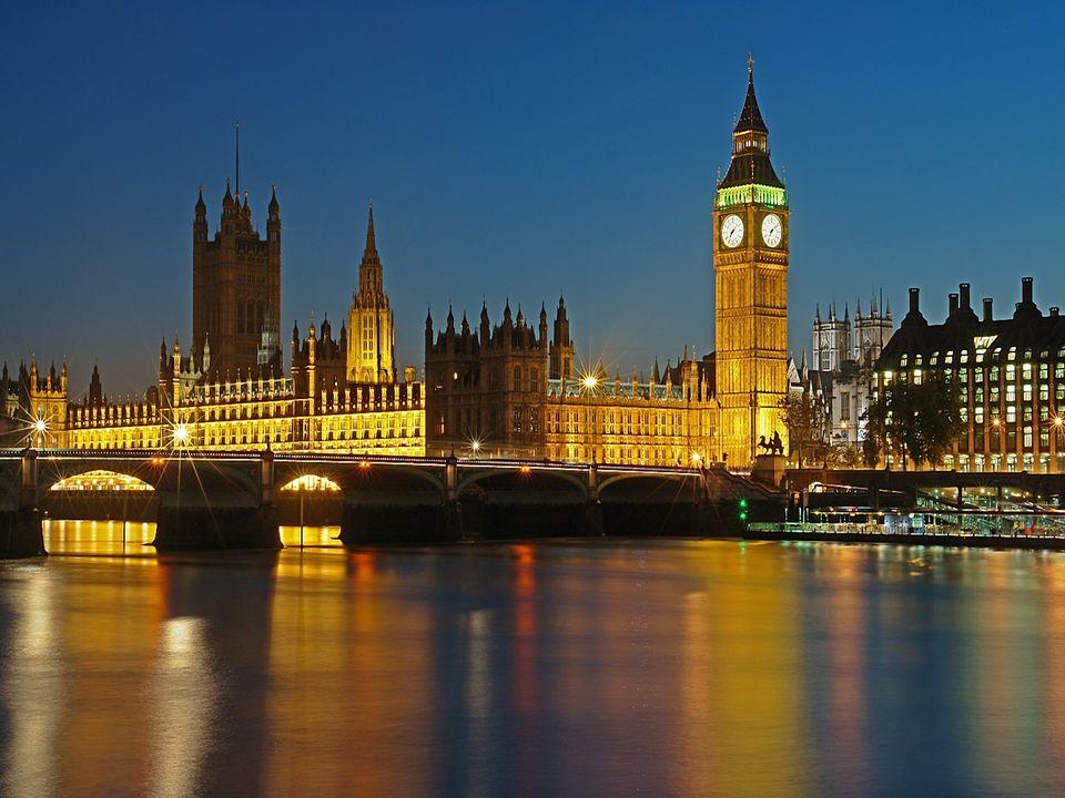 The Palace of Westminster - siedziba parlamentu, który składa się z dwóch izb: niższej - House of Comous i wyższej - Hous of Lords.