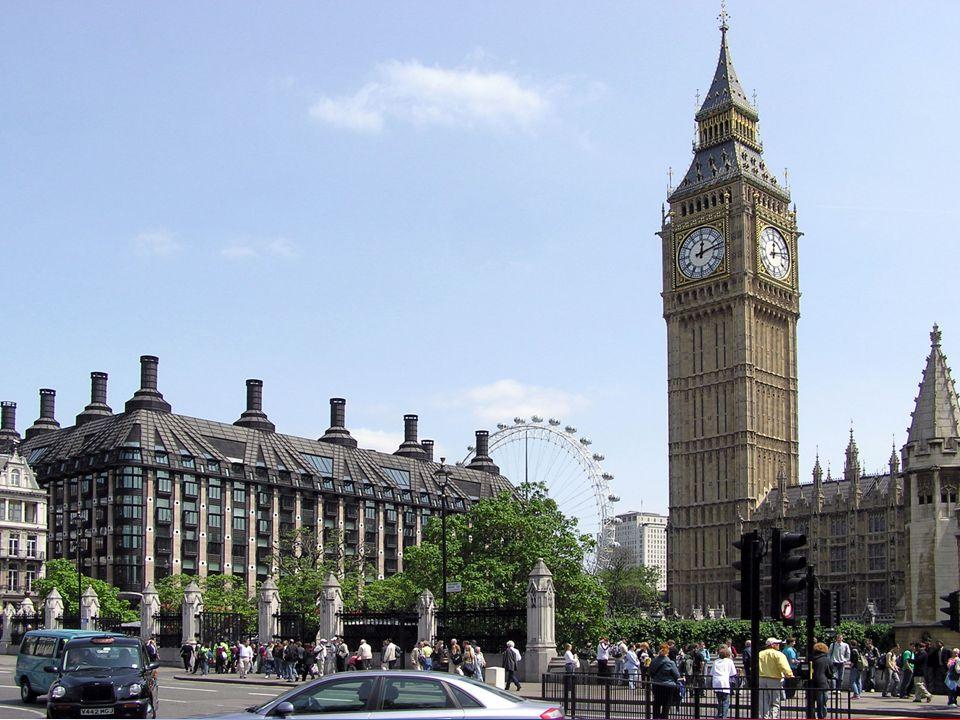 Big Ben - ważący 14 ton dzwon umieszczony na szczycie 106 metrowej wieży.