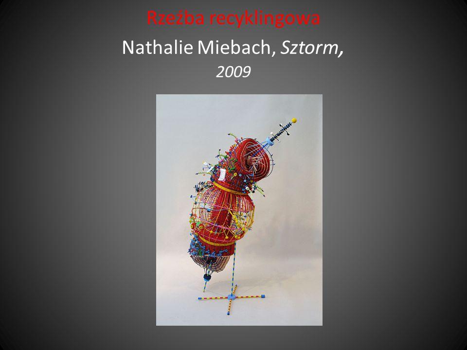 Rzeźba recyklingowa Nathalie Miebach, Sztorm, 2009
