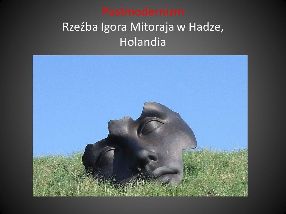 Postmodernizm Rzeźba Igora Mitoraja w Hadze, Holandia