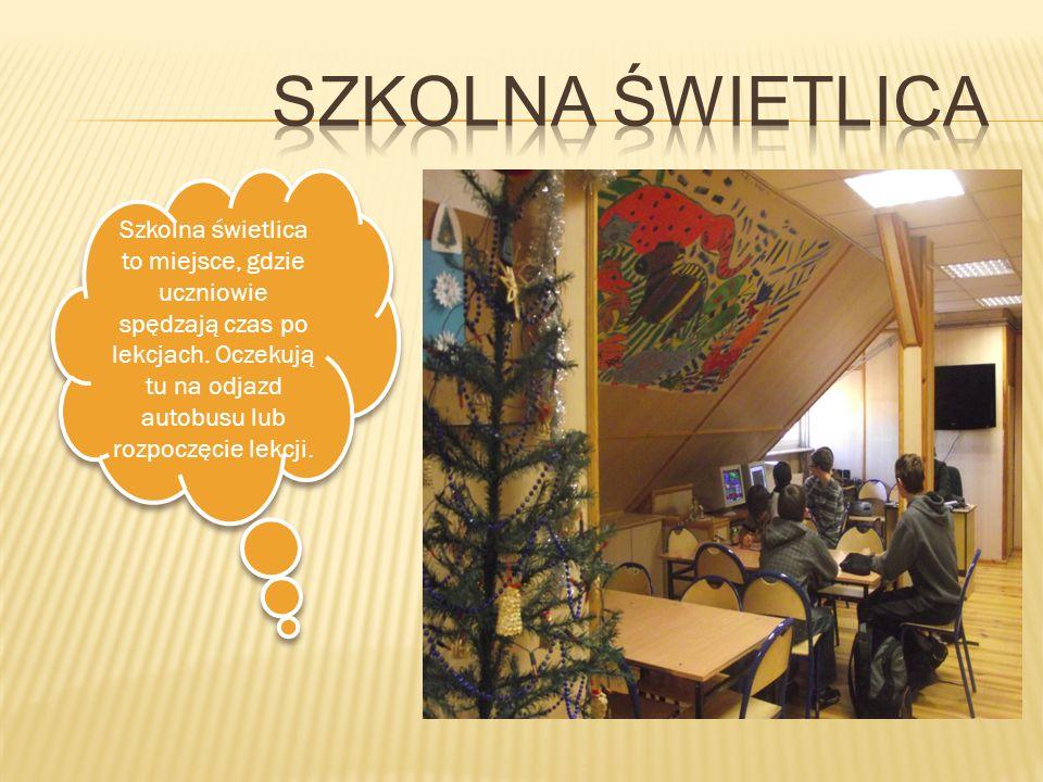 SZKOLNA ŚWIETLICA Szkolna świetlica to miejsce, gdzie uczniowie spędzają czas po lekcjach.