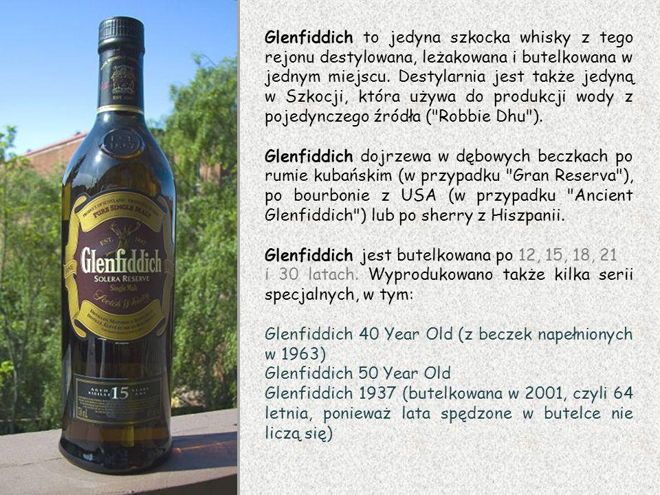 Glenfiddich to jedyna szkocka whisky z tego rejonu destylowana, leżakowana i butelkowana w jednym miejscu. Destylarnia jest także jedyną w Szkocji, która używa do produkcji wody z pojedynczego źródła ( Robbie Dhu ).
