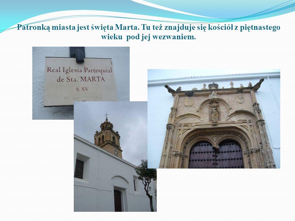 Patronką miasta jest święta Marta