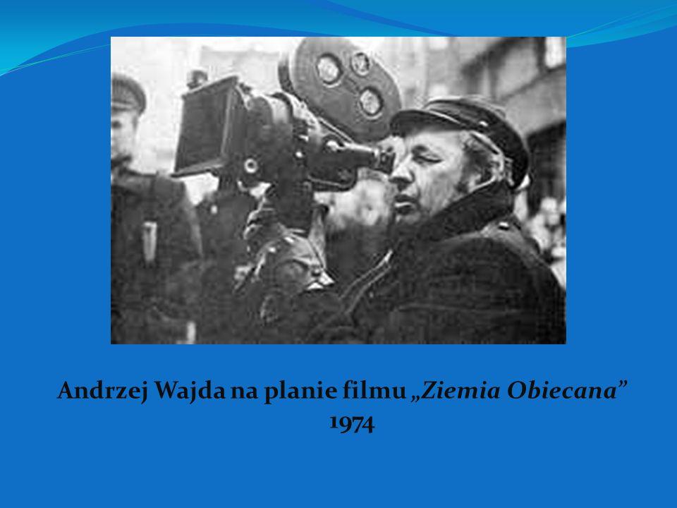 """Andrzej Wajda na planie filmu """"Ziemia Obiecana 1974"""
