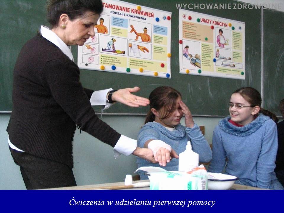 Ćwiczenia w udzielaniu pierwszej pomocy