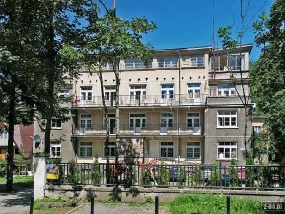 Muzeum Męczeństwa Hotel Palace – wybudowany przed II Wojną Światową nowoczesny hotel w Zakopanem. Budynek o modernistycznej architekturze.