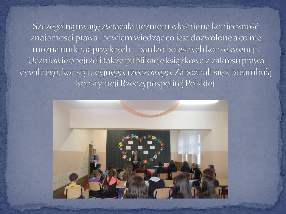 Szczególną uwagę zwracała uczniom właśnie na konieczność znajomości prawa, bowiem wiedząc co jest dozwolone a co nie można uniknąć przykrych i bardzo bolesnych konsekwencji.