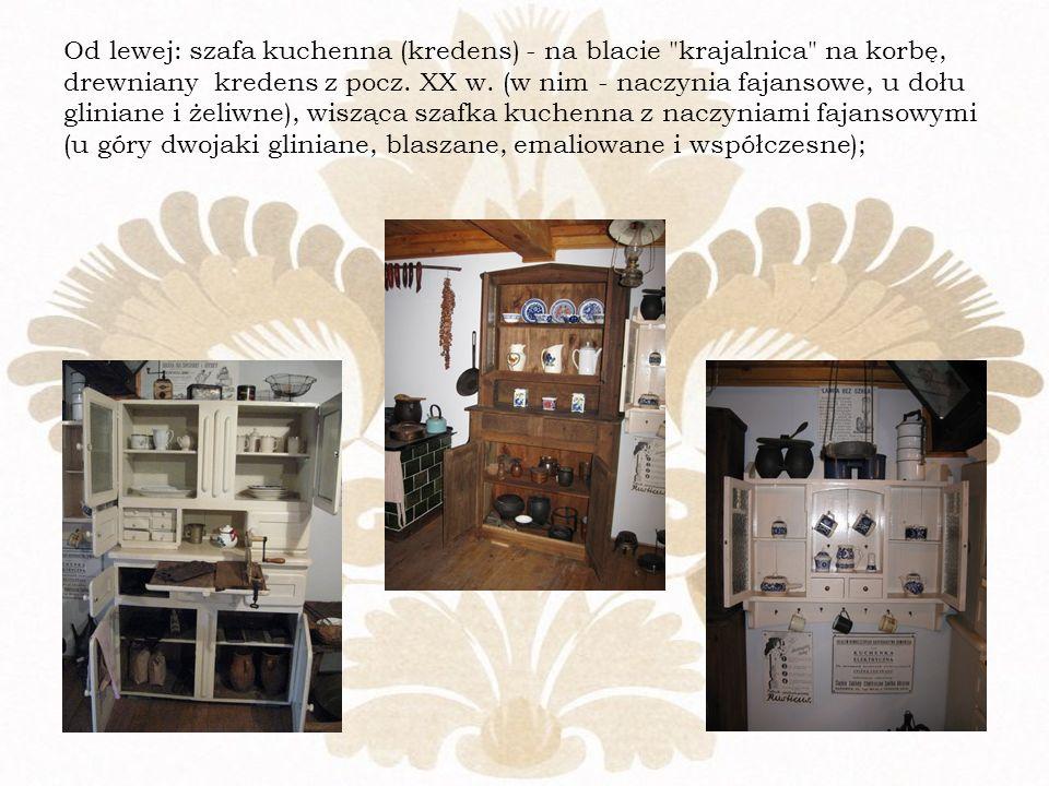 Od lewej: szafa kuchenna (kredens) - na blacie krajalnica na korbę, drewniany kredens z pocz.