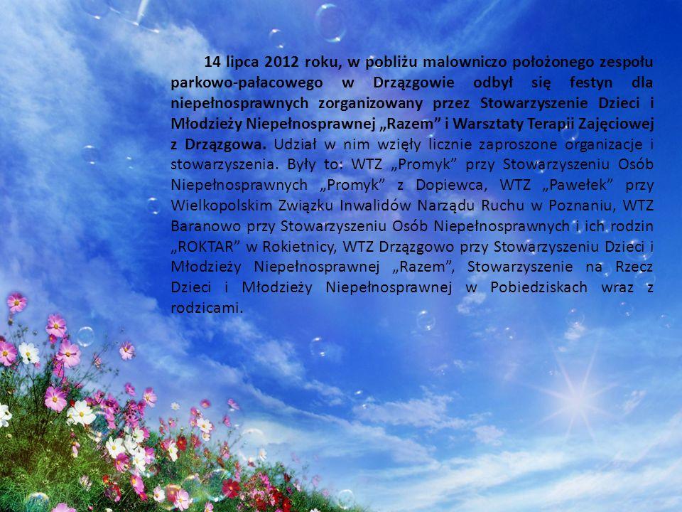 """14 lipca 2012 roku, w pobliżu malowniczo położonego zespołu parkowo-pałacowego w Drzązgowie odbył się festyn dla niepełnosprawnych zorganizowany przez Stowarzyszenie Dzieci i Młodzieży Niepełnosprawnej """"Razem i Warsztaty Terapii Zajęciowej z Drzązgowa."""