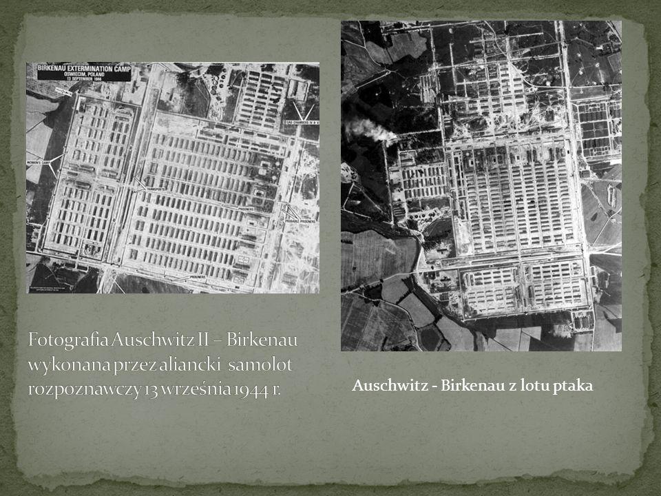 Fotografia Auschwitz II – Birkenau wykonana przez aliancki samolot rozpoznawczy 13 września 1944 r.