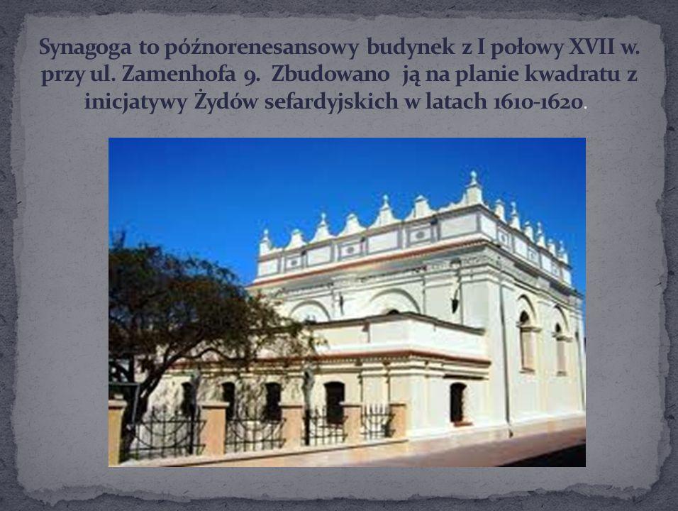 Synagoga to późnorenesansowy budynek z I połowy XVII w. przy ul