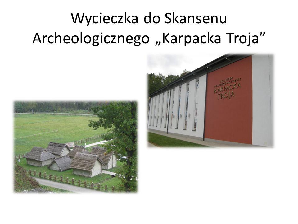 """Wycieczka do Skansenu Archeologicznego """"Karpacka Troja"""
