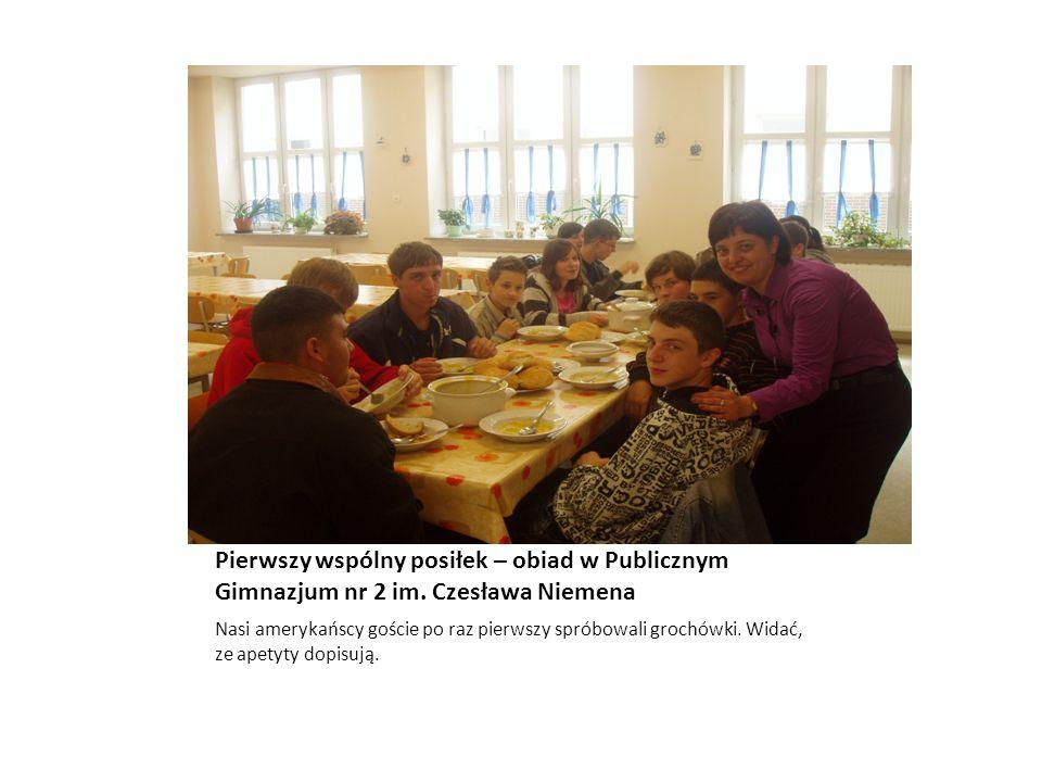 Pierwszy wspólny posiłek – obiad w Publicznym Gimnazjum nr 2 im