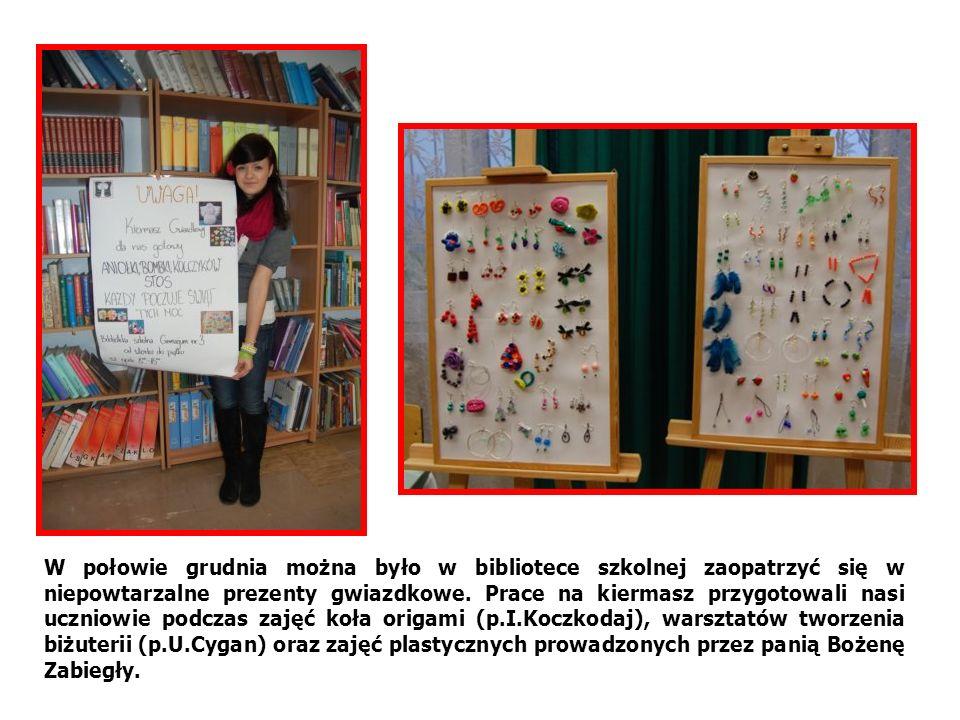 W połowie grudnia można było w bibliotece szkolnej zaopatrzyć się w niepowtarzalne prezenty gwiazdkowe.