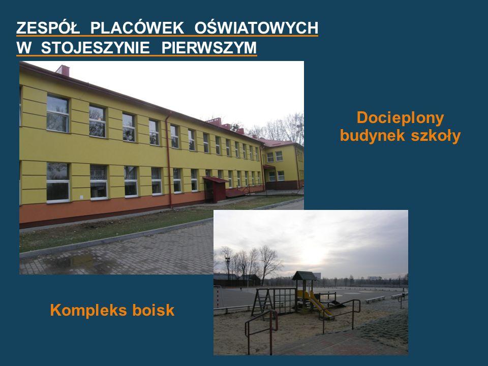 Docieplony budynek szkoły