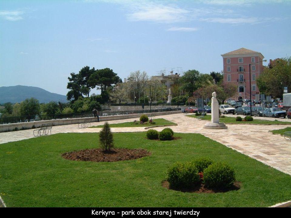 Kerkyra - park obok starej twierdzy