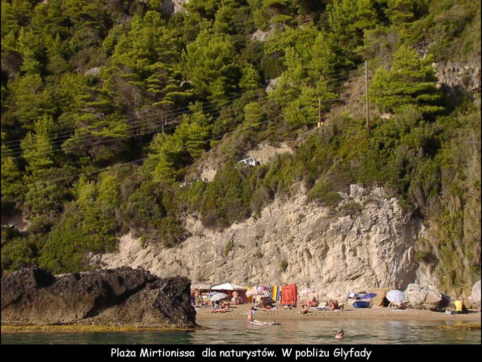 Plaża Mirtionissa dla naturystów. W pobliżu Glyfady
