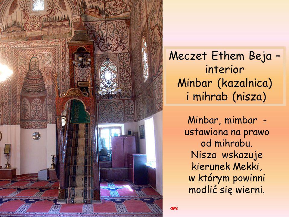 Meczet Ethem Beja – interior Minbar (kazalnica) i mihrab (nisza)