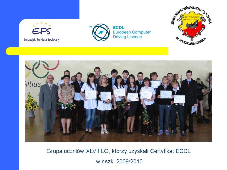 Grupa uczniów XLVII LO, którzy uzyskali Certyfikat ECDL