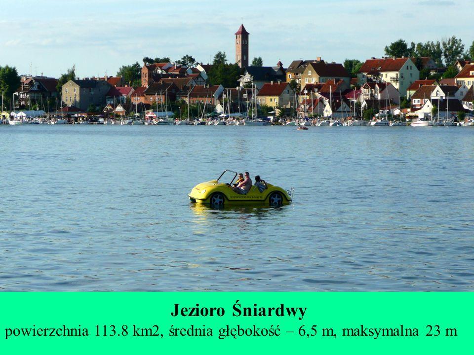 Jezioro Śniardwy powierzchnia 113.8 km2, średnia głębokość – 6,5 m, maksymalna 23 m