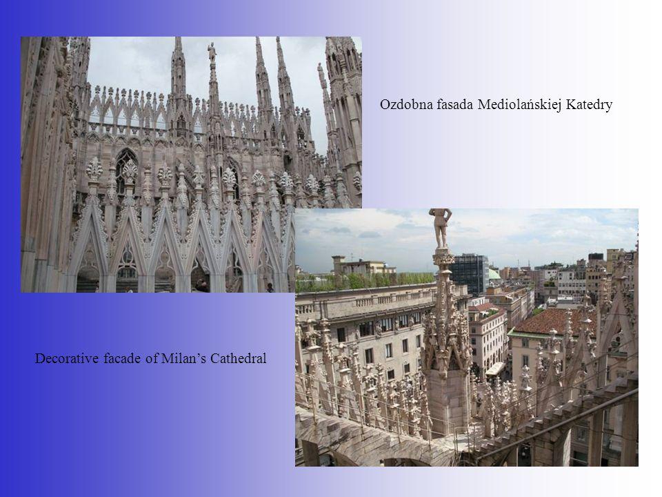 Ozdobna fasada Mediolańskiej Katedry