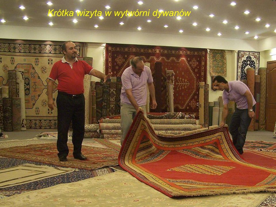 Krótka wizyta w wytwórni dywanów