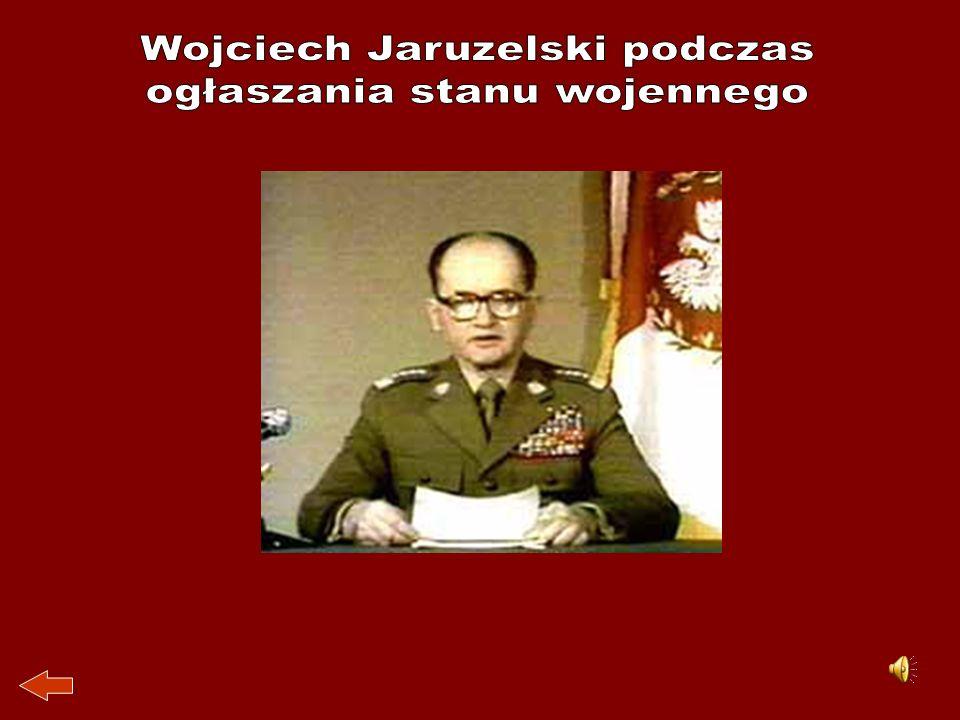 Wojciech Jaruzelski podczas ogłaszania stanu wojennego