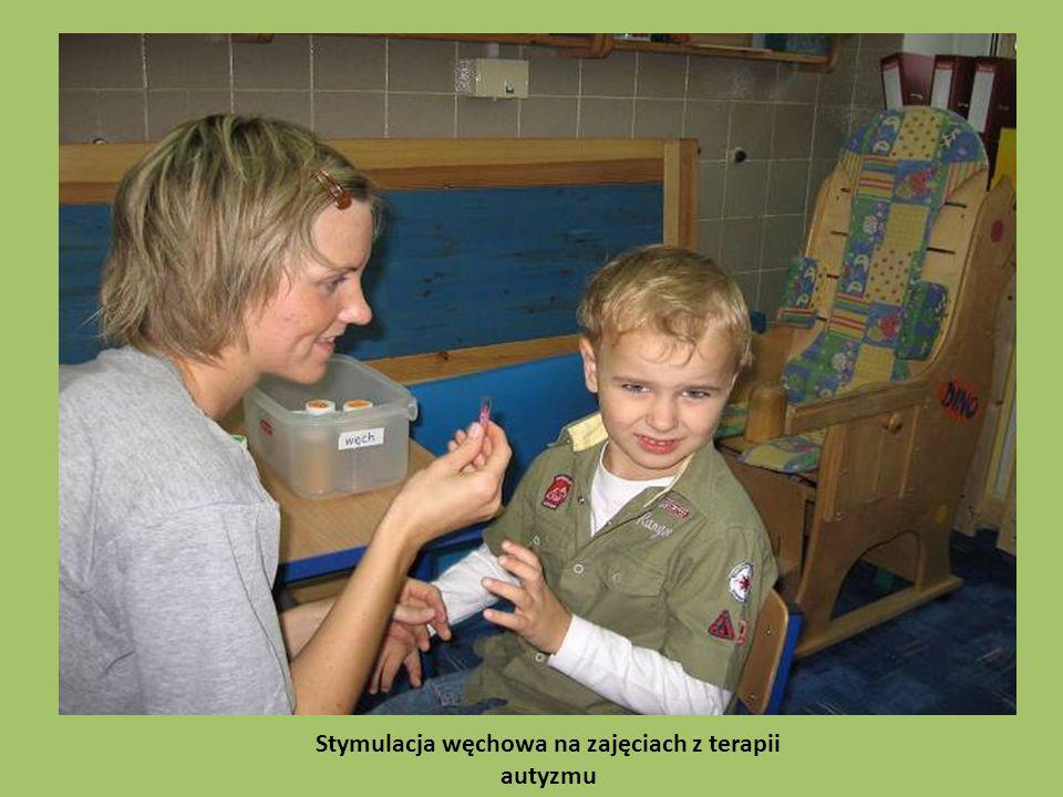 Stymulacja węchowa na zajęciach z terapii autyzmu
