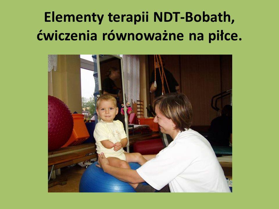 Elementy terapii NDT-Bobath, ćwiczenia równoważne na piłce.