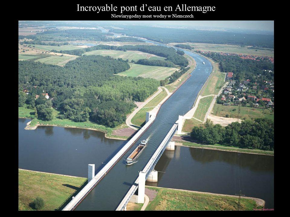 Incroyable pont d'eau en Allemagne