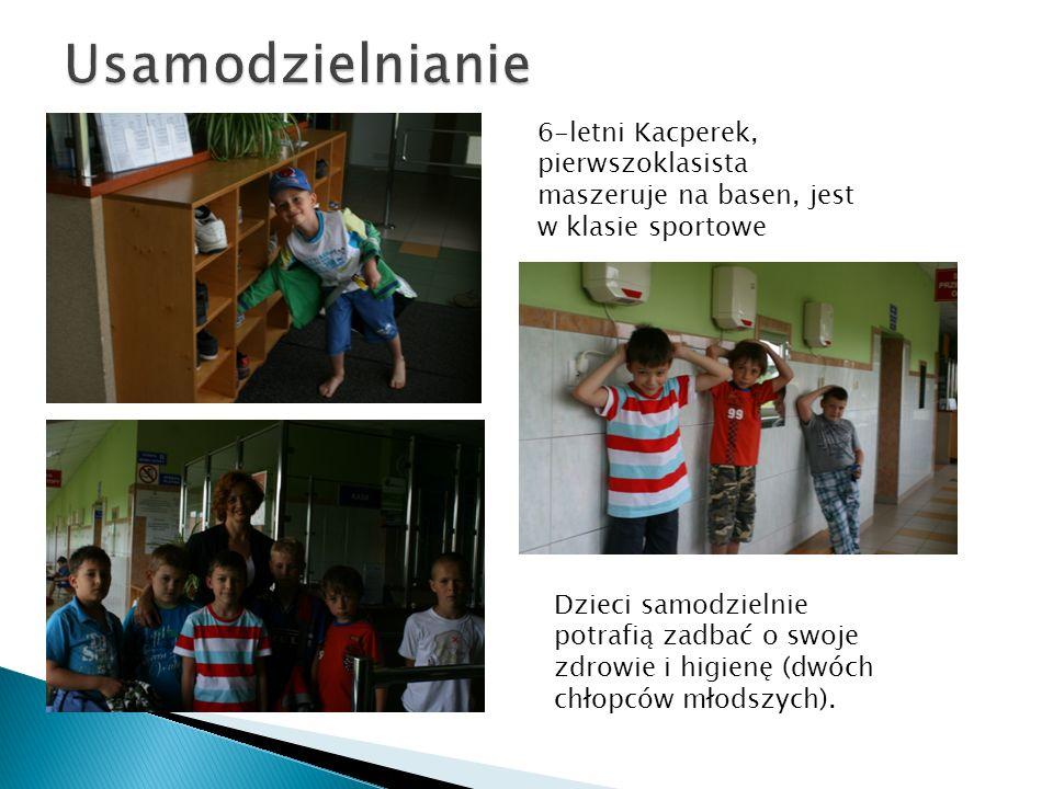 Usamodzielnianie 6-letni Kacperek, pierwszoklasista maszeruje na basen, jest w klasie sportowe.