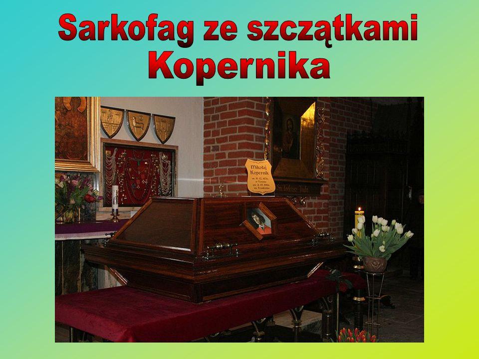 Sarkofag ze szczątkami