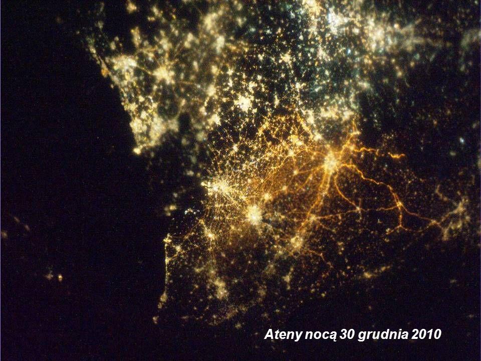 Ateny nocą 30 grudnia 2010