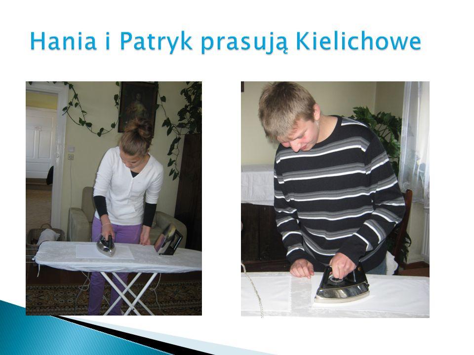 Hania i Patryk prasują Kielichowe