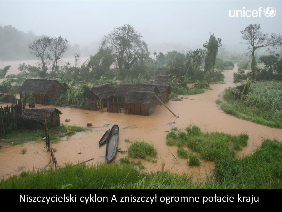 Niszczycielski cyklon A zniszczył ogromne połacie kraju