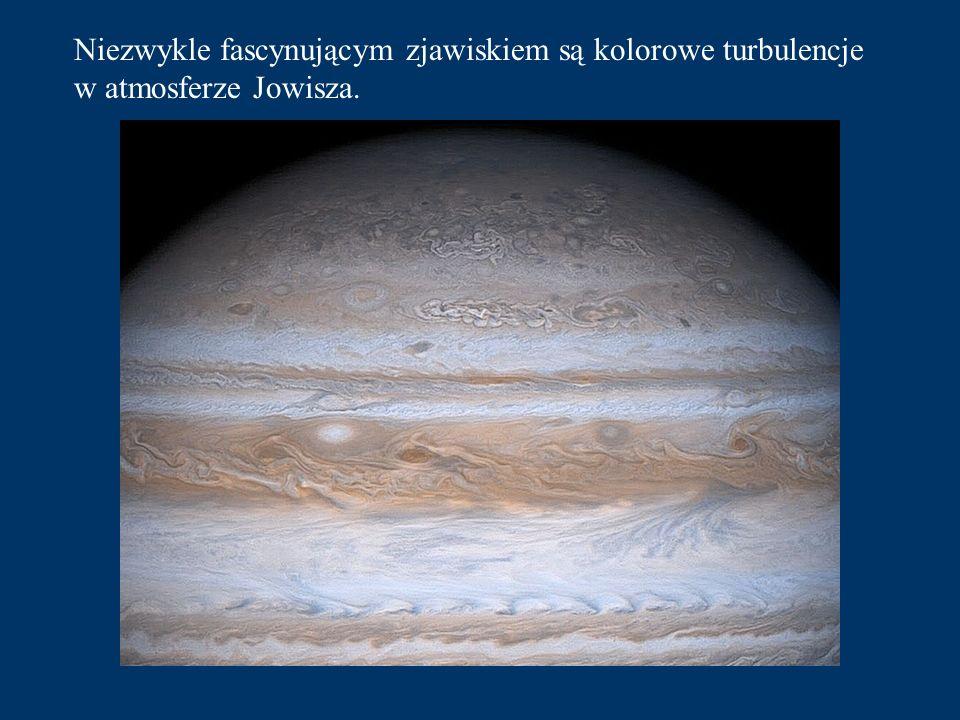 Niezwykle fascynującym zjawiskiem są kolorowe turbulencje w atmosferze Jowisza.