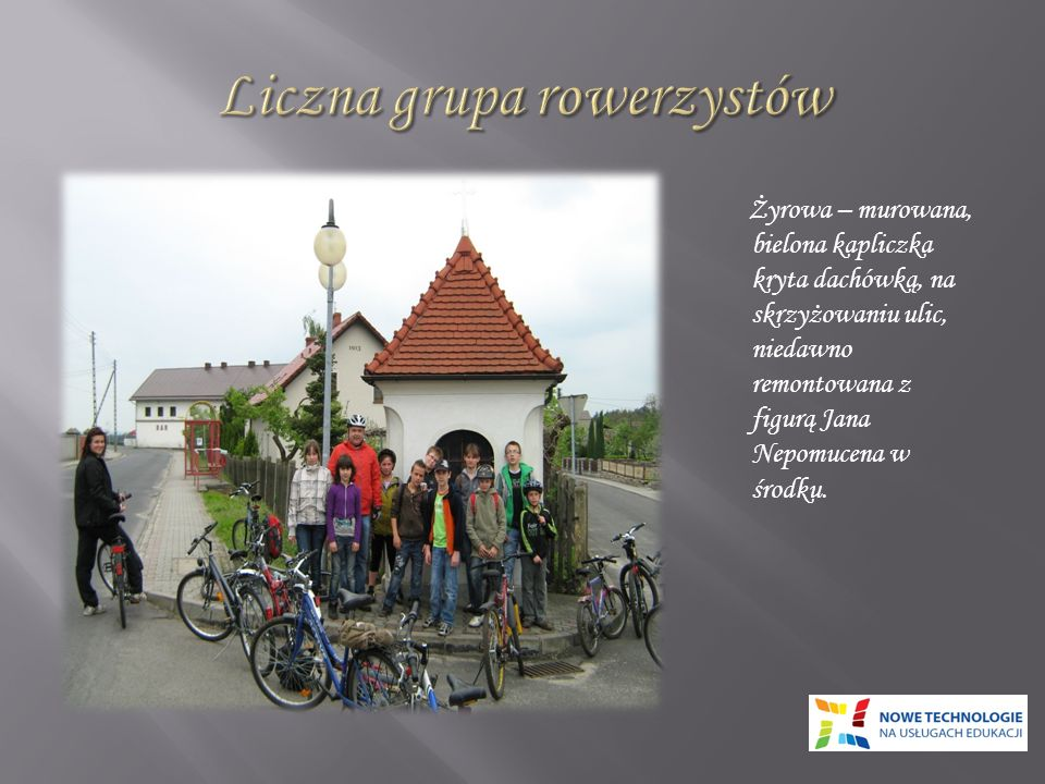 Liczna grupa rowerzystów