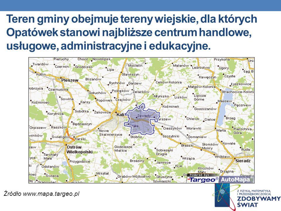 Teren gminy obejmuje tereny wiejskie, dla których Opatówek stanowi najbliższe centrum handlowe, usługowe, administracyjne i edukacyjne.