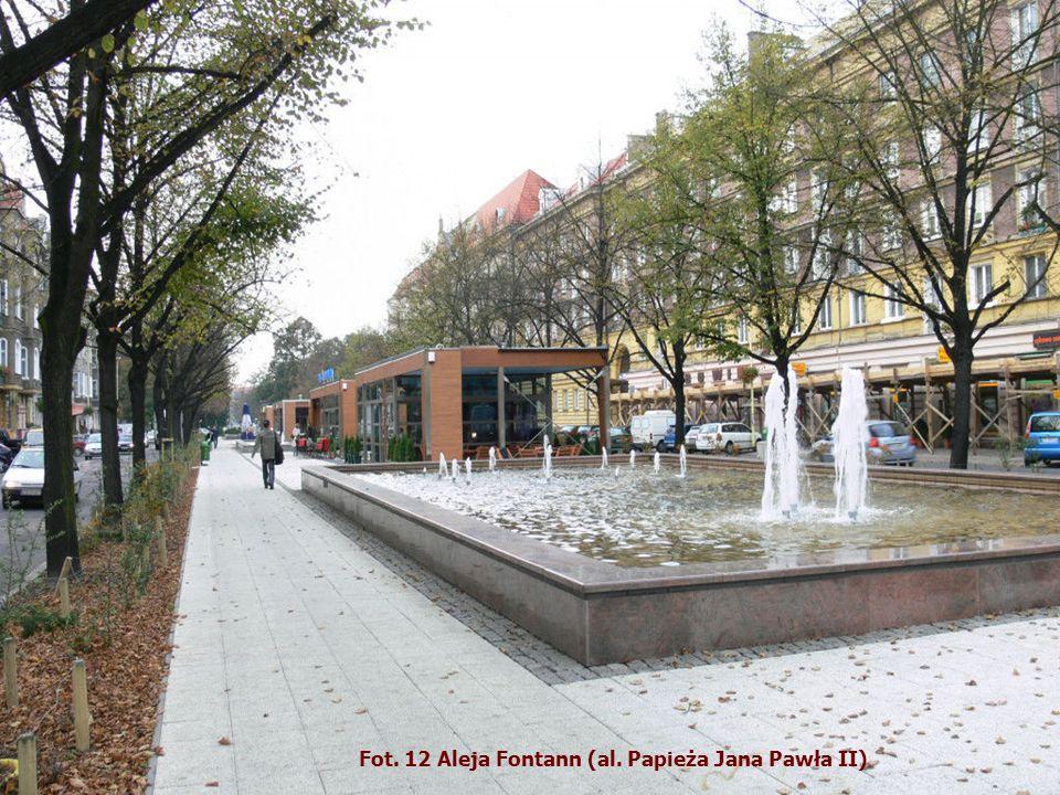 Fot. 12 Aleja Fontann (al. Papieża Jana Pawła II)
