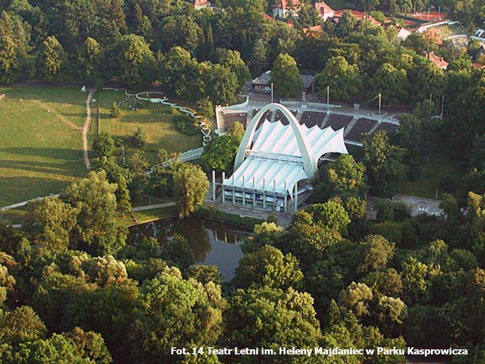 Fot. 14 Teatr Letni im. Heleny Majdaniec w Parku Kasprowicza