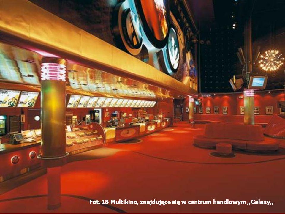 Fot. 18 Multikino, znajdujące się w centrum handlowym ,,Galaxy,,