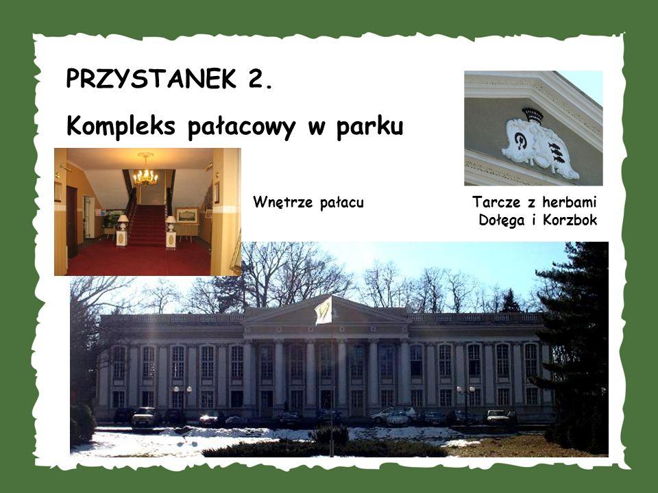 Kompleks pałacowy w parku