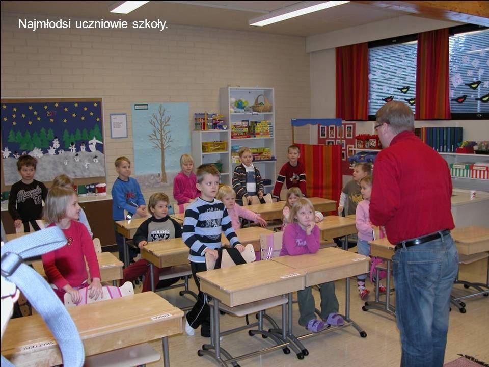 Najmłodsi uczniowie szkoły.