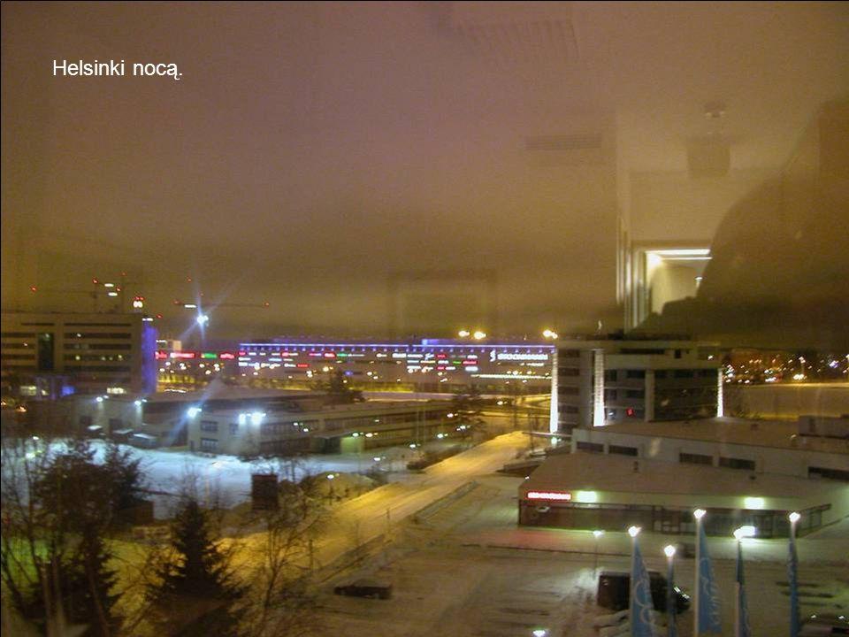 Helsinki nocą.