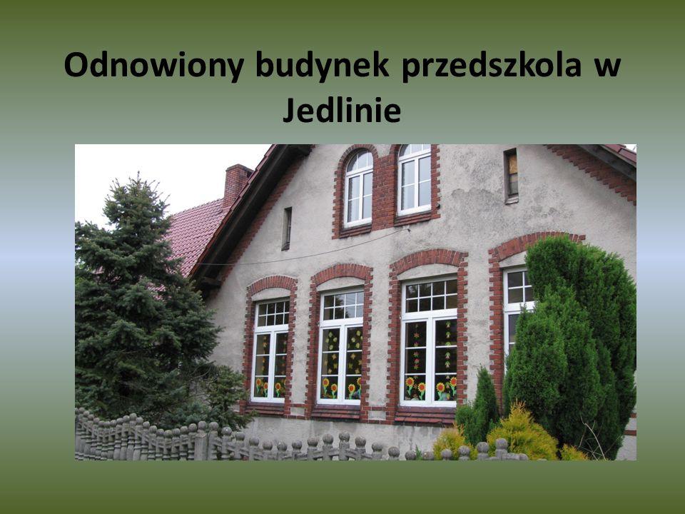Odnowiony budynek przedszkola w Jedlinie