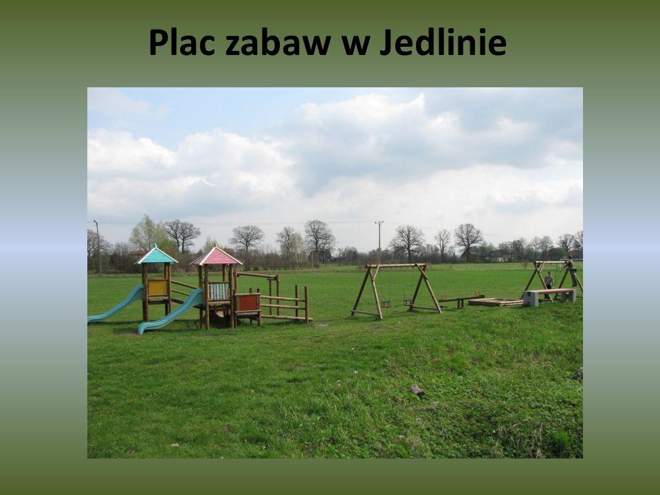 Plac zabaw w Jedlinie