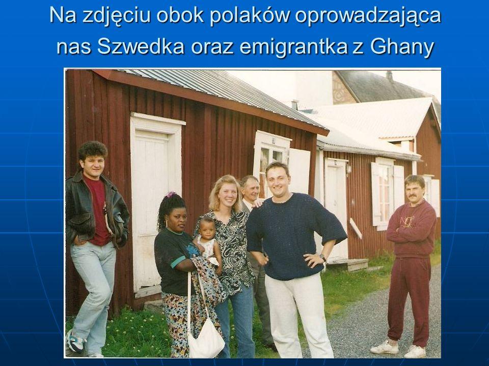 Na zdjęciu obok polaków oprowadzająca nas Szwedka oraz emigrantka z Ghany